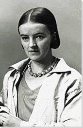 Y2 Barbara Hepworth